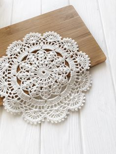 Diy Crafts - coasters,crochet-Crochet placemats and centerpieces cup coasters by SweethomeByLulu centerpieces coasters crochet Cup placemats s Free Crochet Doily Patterns, Crochet Placemats, Granny Square Crochet Pattern, Crochet Chart, Crochet Doilies, Crochet Stitches, Knit Crochet, Crochet Mouse, Crochet Accessories