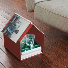 """Stauraum nutzen - Connis Kolumne auf dem Livingtools Blog """"Finde das Versteck"""" - Konstantin Slawinski Magazin Zeitschriftenhaus"""