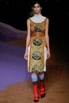 Prada Spring 2015 Ready-to-Wear - Collection - Gallery - Look 41 - Style.com #ss2015 #MFW