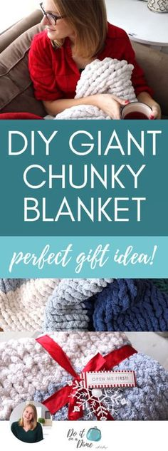 DIY GIANT CHUNKY BLANKET easiest budget gift idea In this tutorial video you ll see my FAVORITE Christmas gift idea a DIY chunky knit blanket They are so easy to make and ring in at under 35 Knot Blanket, Giant Knit Blanket, Chunky Blanket, Blanket Crochet, Easy Knit Blanket, Big Knits, Chunky Knits, Finger Knitting, Giant Knitting