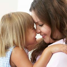As a Young Mother With Four Kids, All Ages Four and Under, I Was Suffering From Lack of Sleep and Lack of Patience, and I in Desperate Need of Practical Parenting Advice. Here Are 10 Tips That I Know Now, Because of What I Learned Then. Practical Parenting, Parenting Hacks, I Love Girls, Baby Love, Mother Knows Best, Education Positive, Single Mum, Young Baby, Baby Health