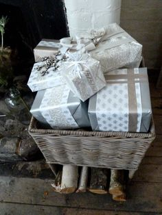 Super chic wrapping paper from The White Company for Xmas 2012
