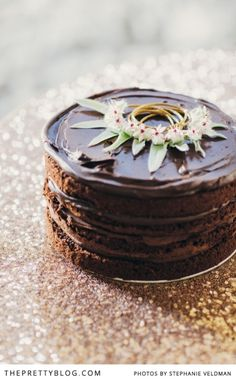 Decadent chocolate cake for Easter | Conceptualisation & Coordination: BonTon Events, Photographer: Stephanie Veldman, Cake: Le Petit Four, Styling, flowers and decor by Okasie: Okasie