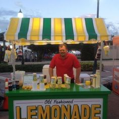 This is a food concession cart setup at the 2012 Broward County Fair. This cart owned by Ben Nagel the founder of Nagel's Foods sells Old Fashioned Shake Up Lemonade