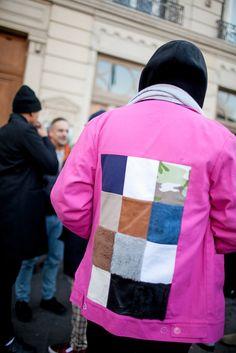 パリで行われた2016-17年秋冬パリ・メンズ・ファッションウイーク会場から、最新のストリートスナップをお届け。「ウミット・ベナン(UMIT BENAN)」のランウェイに登場したモデルの栗原類や、ラッパーのエイサップ・ロッキー(A$AP Rocky)、オリヴィエ・ルスタン(Olivier Rousteing)「バルマ