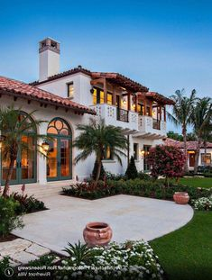 Spanish style homes – Mediterranean Home Decor Luxury Mediterranean Homes, Mediterranean Architecture, Mediterranean Home Decor, Spanish Architecture, Hacienda Style Homes, Spanish Style Homes, Spanish House, Spanish Colonial Houses, Spanish Style Bathrooms