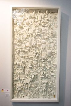 Arts And Crafts Style Recycled Art Projects, Diy Projects, Diy Arts And Crafts, Diy Crafts, Trash Art, Creation Deco, Plastic Art, Affordable Art Fair, Assemblage Art