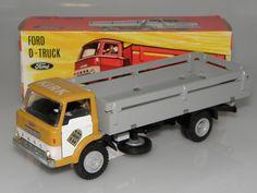 Tekno Danmark Ford D800 Corgi Toys, Toy Trucks, Toy Boxes, Garages, Buses, Vintage Toys, Diorama, Denmark, Diecast