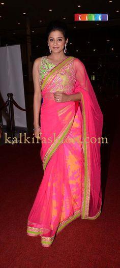 http://www.kalkifashion.com/           Priya mani in pink saree by Mahek Sheety attending SIIMA red carpet day 2