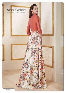 Manu García Long Skirt Hijab, Cute Prom Dresses, Elegant Dresses, Beautiful Dresses, Formal Dresses, Manu Garcia, Gown Skirt, Hijab Fashion, Skirt Fashion