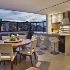 Bello atardecer, balcon acogedor de Isabela Canaan Arquitetos e Associados