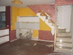 Die Wohnung ist nach der Sanierung kaum wiederzuerkennen und das Ergebnis einfach fantastisch. Ihr seid neugierig geworden? Dann lasst euch nicht die Nachher-Bilder entgehen!