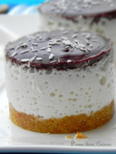 Bavarois bounty Plus Mini Desserts, Brownie Desserts, Sweet Recipes, Snack Recipes, Cold Cake, Cake & Co, Different Cakes, Savoury Cake, Clean Eating Snacks