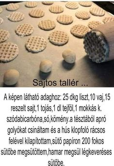 G-Mail :: További pinek a(z) Kekszek,sütik. tábládra Cookie Recipes, Dessert Recipes, Waffle Cake, Kolaci I Torte, Savory Pastry, Salty Snacks, Hungarian Recipes, Wedding Desserts, Diy Food