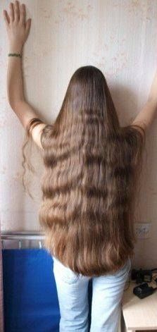 Everybody with full wavy long hair put your hands up!