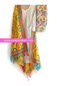 Shop online handmade, vintage, and one-of-a-kind traditional phulkari products at Pink Phulkari. Pakistani Formal Dresses, Pakistani Outfits, Kurta Designs Women, Blouse Designs, Phulkari Pants, Latest Suit Design, Casual Indian Fashion, Ethenic Wear, Indian Designer Suits