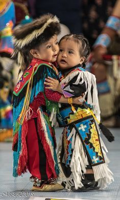 Indian History Faces Native American Tribes 65 Sup Native American Children, Native American Pictures, Native American Tribes, Native American History, American Indians, American Symbols, Native Child, Pow, Native Indian