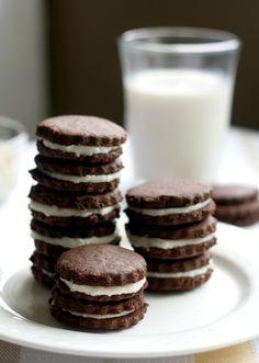 Chocolate Sandwich Cookies - gluten free and vegan!