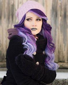 Hair Care : Purple hair color for Winter - LadyStyle.:separator:Hair Care : Purple hair color for Winter - LadyStyle. Hair Color Purple, Cool Hair Color, Purple Ombre, Long Purple Hair, Purple Hair Dyes, Elumen Hair Color, Bright Purple Hair, Funky Hair Colors, Vivid Hair Color