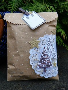 Christmas gift wrapping #christmaswrapping #giftwrapping