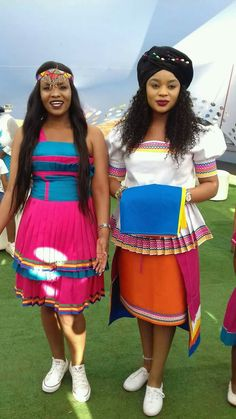10 Stunning Dresses for Non-Traditional Brides Sesotho Traditional Dresses, Pedi Traditional Attire, African Traditional Wedding Dress, African Fashion Traditional, Traditional Wedding Attire, Modern Traditional, African Dresses For Kids, African Print Dresses, African Fashion Dresses