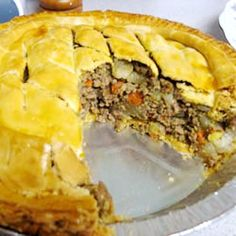 French Canadian Meat Pie Of all the Canadian Meat Pie recipes I've made or eaten this is my favorite! Although you probably wouldn't think so, the addition of the carrots & celery makes a big difference! Canadian Meat Pie Recipe, Canadian Food, Canadian Recipes, Tortiere Recipe, Casserole Recipes, Meat Recipes, My Favorite Food, Favorite Recipes, Savory Pastry
