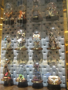 Louis Vuitton London - one of the shop windows that has animals made out of vuitton bags in display cases – very impressive