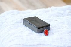 French charming metal box with decor. by Frenchvintagecharm, €35.00