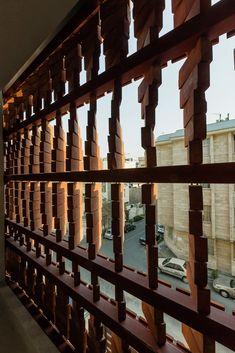 Admun Design & Construction Studio, Parham Taghioff · Cloaked in Bricks Kinetic Architecture, Brick Architecture, Residential Architecture, Architecture Portfolio, Brick Cladding, Brick Facade, Brick Construction, Construction Design, Construction Business