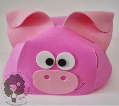 Cristãos kids: Bonés em eva de bichinhos com molde Zoo Crafts, Diy And Crafts, Arts And Crafts, Chicken Crafts, Animal Hats, Kindergarten Art, Ideas Para Fiestas, Mask For Kids, Piggy Bank