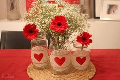 valentines day crafts from old glass jars decorated with doilies red paper hearts vases babys breath and red gerbera Valentines Day Party, Valentines Day Decorations, Valentine Day Crafts, Mason Jar Crafts, Mason Jar Diy, Creation Deco, Jar Centerpieces, Flower Arrangements, Creations