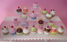 diy - miniature barbie  poupée bjd- lot 9 CUPCAKES sucrés et colorés