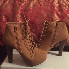 """Tan lace up heel booties Similar to Jeffrey Campbell """"Lita"""" style boots, these heeled boots are tan, lace up and also have a zipper on the side to make it easier to slip on and off. These have never been worn, they are brand new. The heel is approximately 4.5 inches. NWOT Qupid Shoes Heeled Boots"""