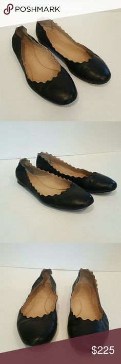 CHLOE LAUREN FLATS WOMENS SIZE 40 CHLOE MADE IN ITALY BLACK LEATHER SCALLOPED BALLET FLATS SIZE 40 FITS 8.5 - 9 COMFORTABLE BALLERINA WOMENS SHOES FLATS  UPPERS IN EXCELLENT CONDITION WEAR ON SOLES NO DAMAGES Chloe Shoes Flats & Loafers