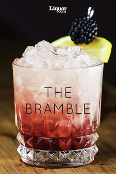 Modern Classics You Should Know: The Bramble. Get to know this gin-kissed blackberry beauty. Dramble: use whiskey instead of gin? Craft Cocktails, Party Drinks, Cocktail Drinks, Fun Drinks, Yummy Drinks, Beverages, Bourbon Drinks, Drambuie Cocktails, Chambord Cocktails