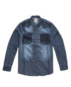 Fiebre Denim  Únete a la tendencia con nuestra camisa St.Jhon, la mezclilla como nunca la has visto.  #denim #boys #ModaParaHombres #cool  #mezclilla #CamisasParaHombres