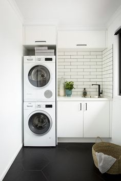 Before & after: A jaw-dropping kitchen renovation - The Interiors Addict Laundry Room Layouts, Small Laundry Rooms, Laundry Bathroom Combo, Small Bathroom, Laundry Room Inspiration, Laundry Room Design, Design Kitchen, Kitchen Ideas, Small Apartments
