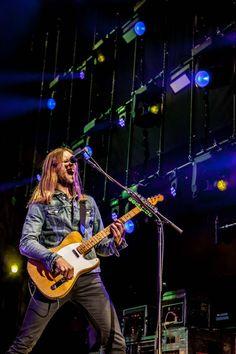 James Valentine James Valentine, Maroon 5, Cool Bands, My Idol, Concert, Celebrities, Celebs, Recital, Concerts
