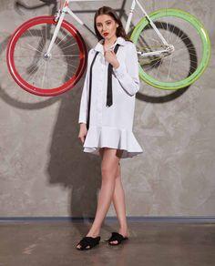Camasa tip rochie ZOE potrivita pentru orice tinuta, casual, eleganta sau pentru o simpla plimbare in parc. Aceasta camasa alba dispune de nasturi in fata si un detaliu cu volan la baza. Orice, Shirt Dress, Coat, Casual, Jackets, Shirts, Dresses, Fashion, Park