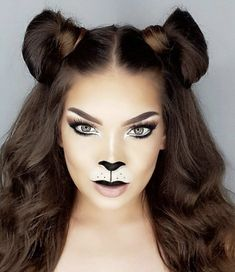 Looking for for inspiration for your Halloween make-up? Browse around this site for creepy Halloween makeup looks. Makeup Clown, Lion Makeup, Creepy Halloween Makeup, Animal Makeup, Halloween Looks, Cat Costume Makeup, Lion Halloween Costume, Bear Costume, Lion Costumes