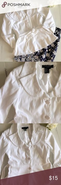 Sandro White, Belted Blazer w/ 3/4 Sleeves Classy and feminine is the way to describe this white, belted Blazer with 3/4 sleeves. There are no flaws that I can see. Like new condition. A great staple for any closet. Has very thin shoulder pads. Sandro Jackets & Coats Blazers