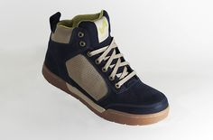 Foresake Thurston mid tops.  Great idea around the design and a pretty classic style.