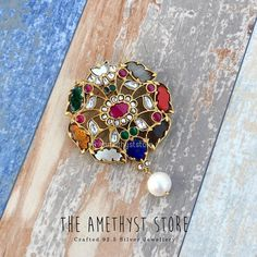 Jewelry OFF! Check out all the possible antique pendant designs that are trending now and where you can shop them. Gold Earrings Designs, Gold Jewellery Design, Gold Jewelry, Jewelery, Yellow Jewelry, Prom Jewelry, Beaded Jewellery, Temple Jewellery, Glass Jewelry