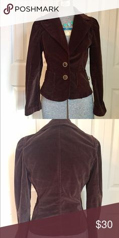"""Chocolate Brown Velvety Banana Republic Blazer This is a beautiful blazer that just needs a new, loving home. Fitted at the waist with slight ruffles at the shoulders and flair at the bottom makes it great with dress pants or tshirt and jeans (my favorite way to rock a blazer!) Measures 22"""" long. 14"""" Waist. Bust 17"""". Banana Republic Jackets & Coats Blazers"""