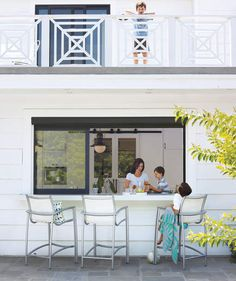 11 Seriously Smart Home-Design Ideas Kitchen window pass-through to patio – would be awesome at the new house! This image. Sarah Richardson Home, Design Studio, House Design, Kitchen Pass, Kitchen Ideas, Kitchen Inspiration, Kitchen Pictures, Kitchen Designs, Kitchen Sink