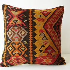kilim pillows - Buscar con Google