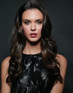 Odette Annable (Dr. Jessica Adams, House); reminds me of Mandy Moore + Megan Fox