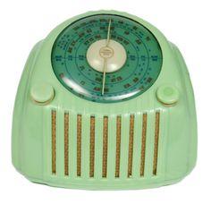 Healing Scales 1950s Valve Radio