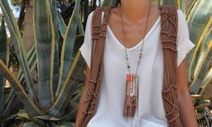 Collar de flecos multicolor en @martabonaque  Boho-chic