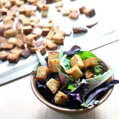 Making your own homemade whole wheat croutons with 4 ingredients you probably already have is so easy, you'll never buy store-bought again! Using whole wheat bread makes this recipe clean, real food. Bread Recipes, Real Food Recipes, Vegan Recipes, Vegan Food, Whole Wheat Bread, How To Make Bread, 4 Ingredients, Buy Store, Italian Recipes